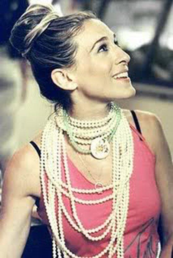 carrie+bradshaw+sarah+jessica+parker+collar+perlas